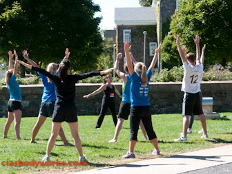 Cia Tweel leading Yoga on Dalhousie quad